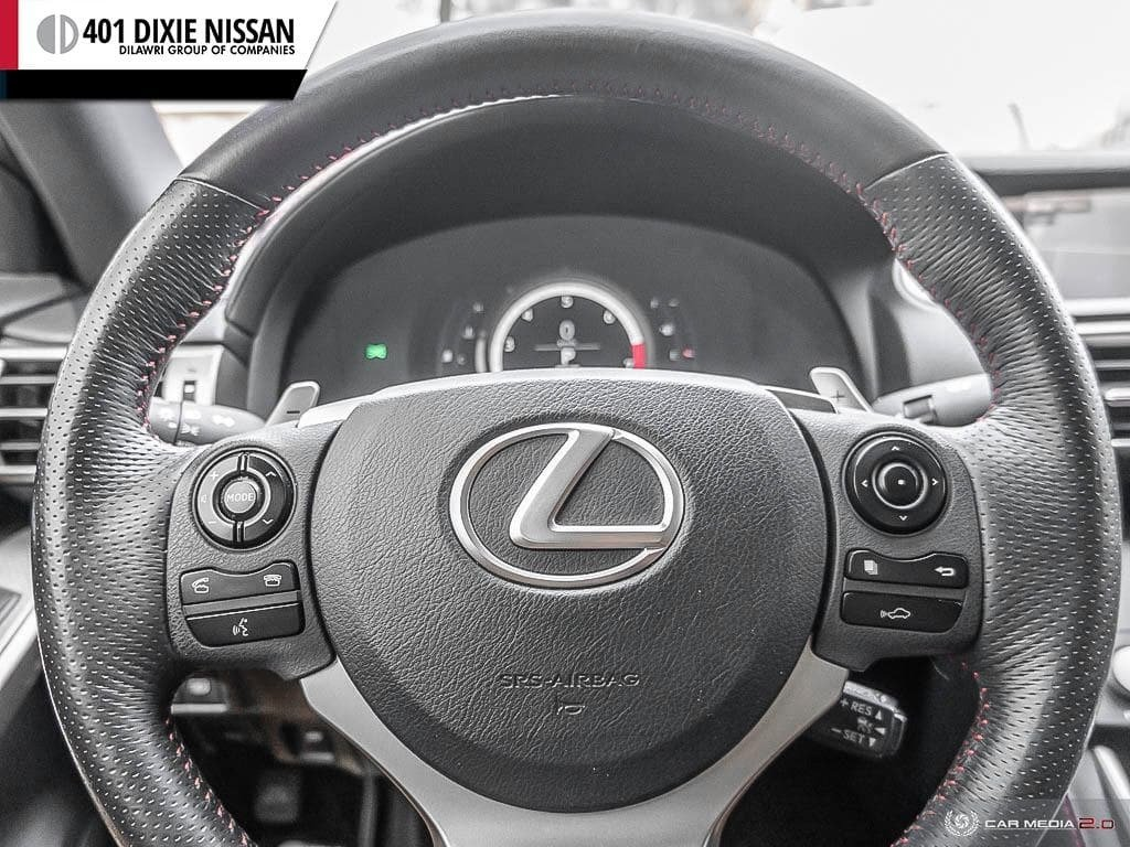 2015 Lexus IS250 AWD 6A in Mississauga, Ontario - 13 - w1024h768px