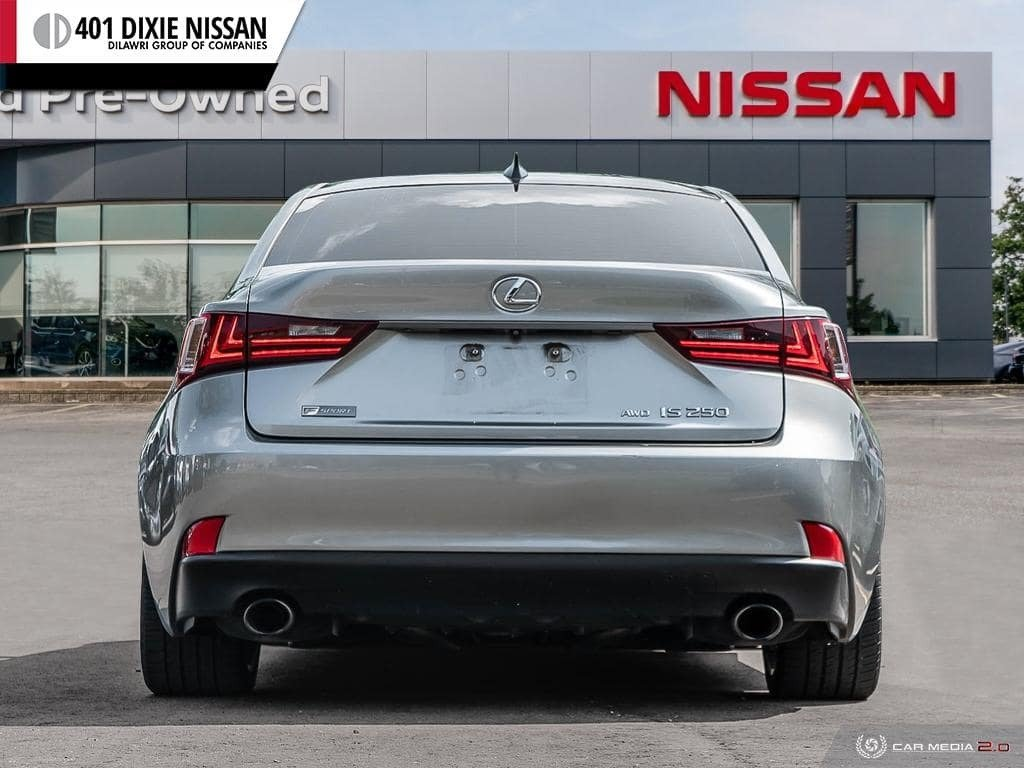 2015 Lexus IS250 AWD 6A in Mississauga, Ontario - 5 - w1024h768px