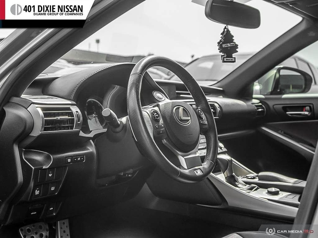 2015 Lexus IS250 AWD 6A in Mississauga, Ontario - 12 - w1024h768px