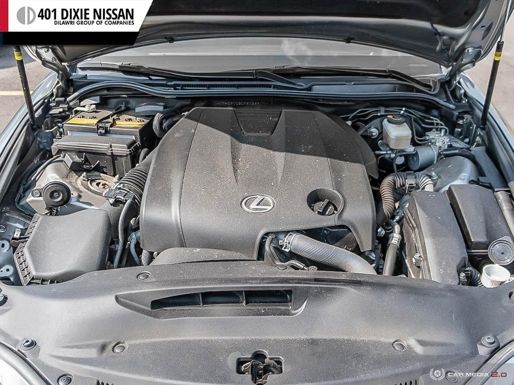 2015 Lexus IS250 AWD 6A in Mississauga, Ontario - 6 - w1024h768px