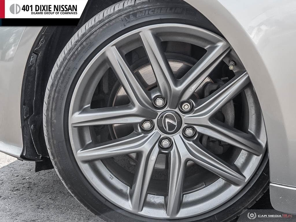 2015 Lexus IS250 AWD 6A in Mississauga, Ontario - 7 - w1024h768px