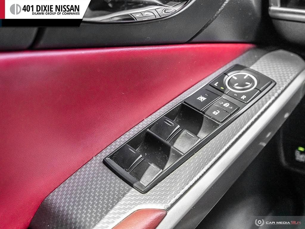 2015 Lexus IS250 AWD 6A in Mississauga, Ontario - 16 - w1024h768px