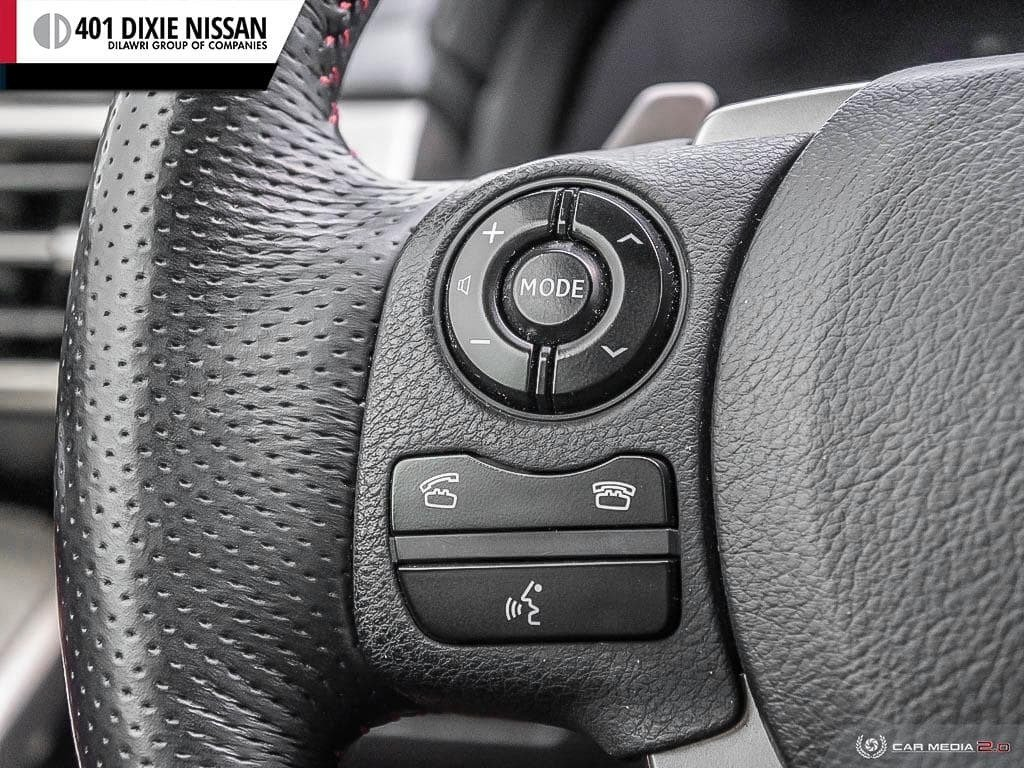 2015 Lexus IS250 AWD 6A in Mississauga, Ontario - 17 - w1024h768px