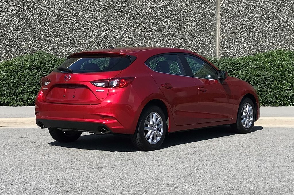 2018 Mazda Mazda3 Sport GS at in North Vancouver, British Columbia - 15 - w1024h768px