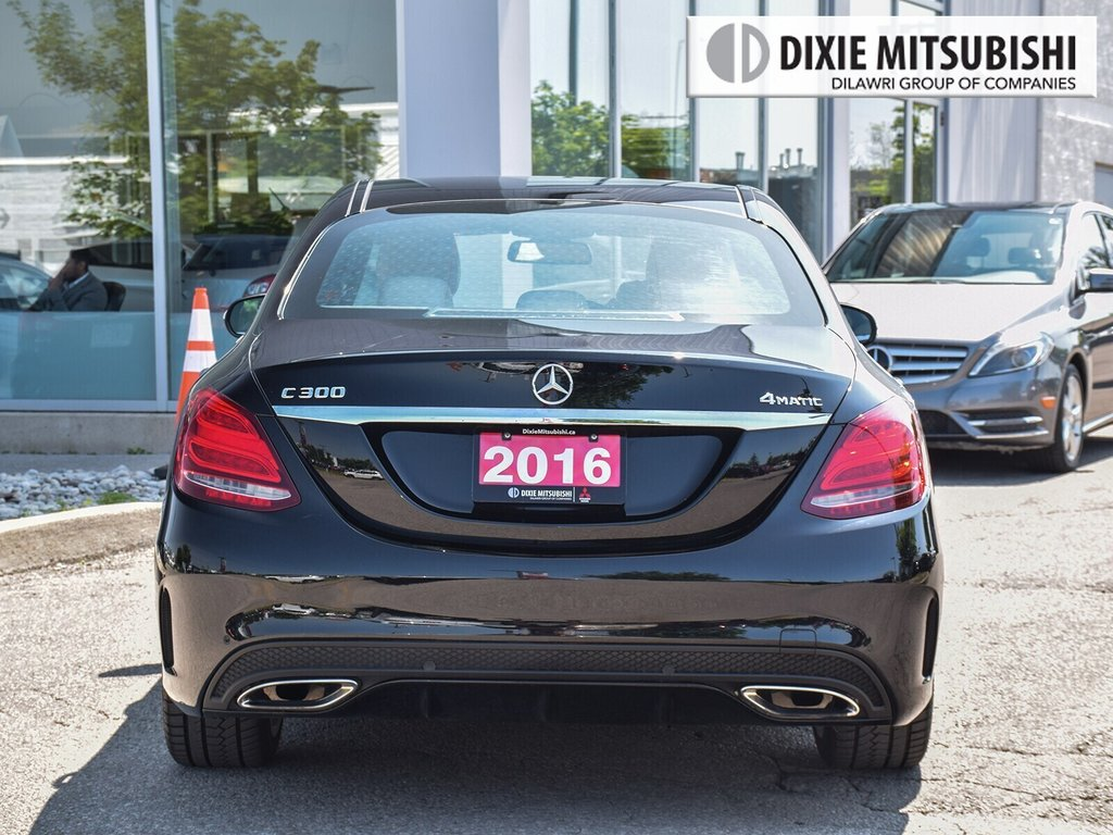 2016 Mercedes-Benz C300 4MATIC Sedan in Mississauga, Ontario - 4 - w1024h768px