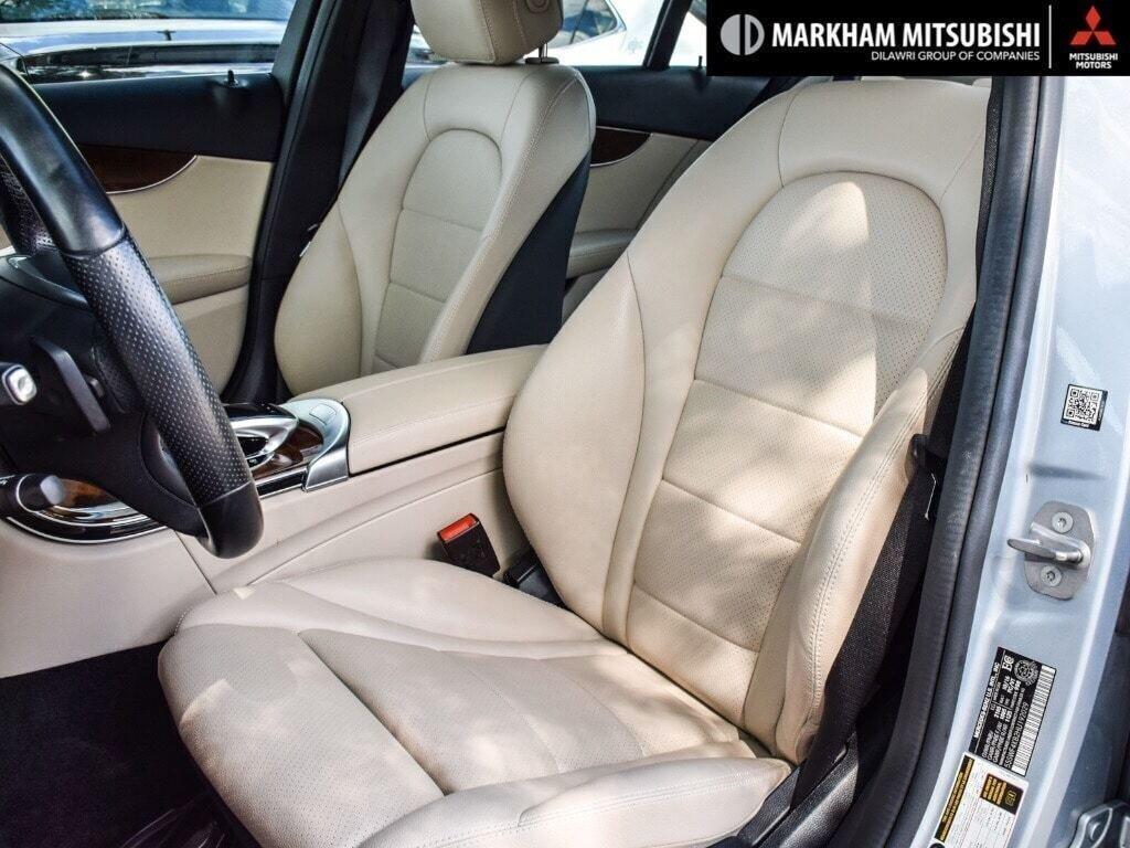 2017 Mercedes-Benz C300 4MATIC Sedan in Markham, Ontario - 9 - w1024h768px