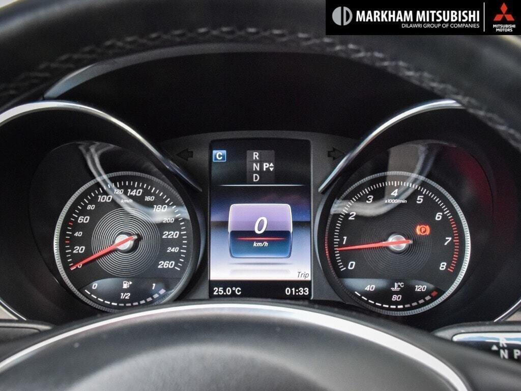 2017 Mercedes-Benz C300 4MATIC Sedan in Markham, Ontario - 13 - w1024h768px