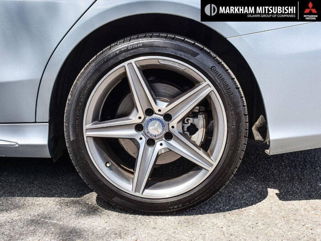 2017 Mercedes-Benz C300 4MATIC Sedan in Markham, Ontario - 8 - w1024h768px