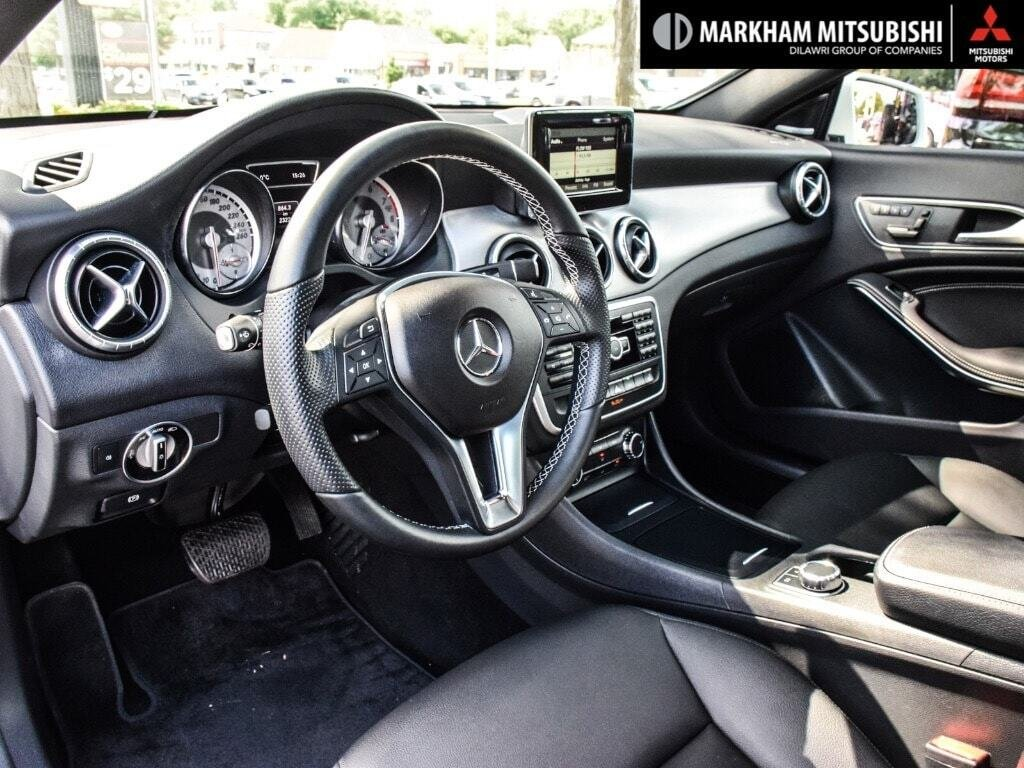 2014 Mercedes-Benz CLA250 4MATIC Coupe in Markham, Ontario - 10 - w1024h768px