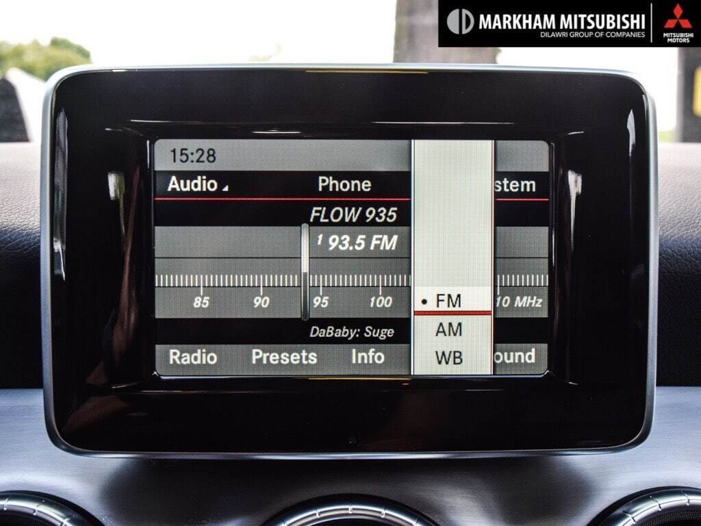 2014 Mercedes-Benz CLA250 4MATIC Coupe in Markham, Ontario - 14 - w1024h768px