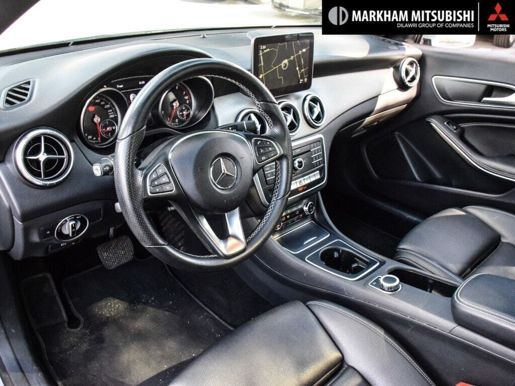 2017 Mercedes-Benz CLA250 4MATIC Coupe in Markham, Ontario - 10 - w1024h768px