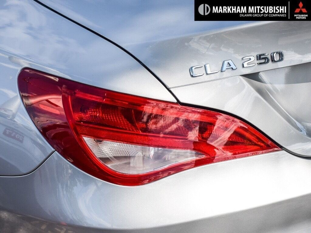 2017 Mercedes-Benz CLA250 4MATIC Coupe in Markham, Ontario - 6 - w1024h768px