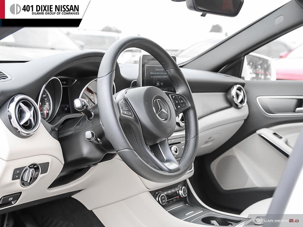 2018 Mercedes-Benz GLA250 4MATIC SUV in Mississauga, Ontario - 13 - w1024h768px