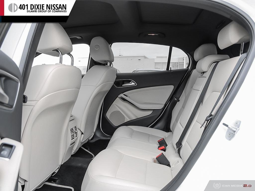 2018 Mercedes-Benz GLA250 4MATIC SUV in Mississauga, Ontario - 24 - w1024h768px