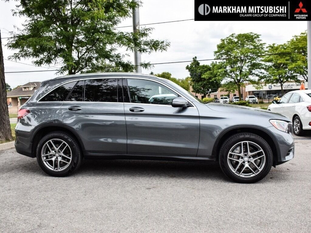 2017 Mercedes-Benz GLC300 4MATIC SUV in Markham, Ontario - 3 - w1024h768px