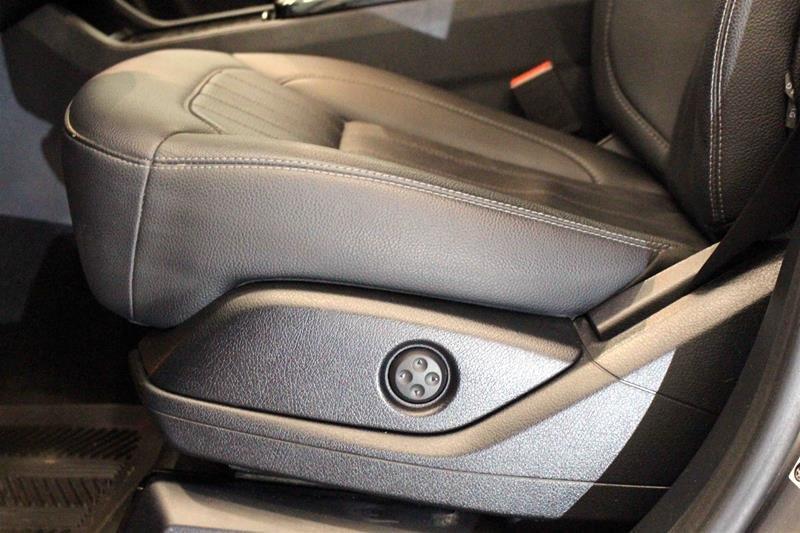 2016 Mercedes-Benz GLE350d 4MATIC in Regina, Saskatchewan - 10 - w1024h768px