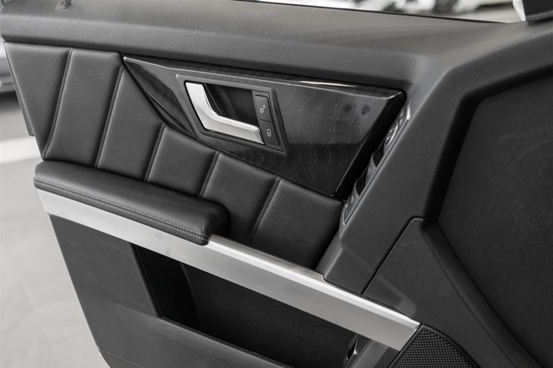 2015 Mercedes-Benz GLK250 BlueTEC 4MATIC SUV in Langley, British Columbia - 33 - w1024h768px