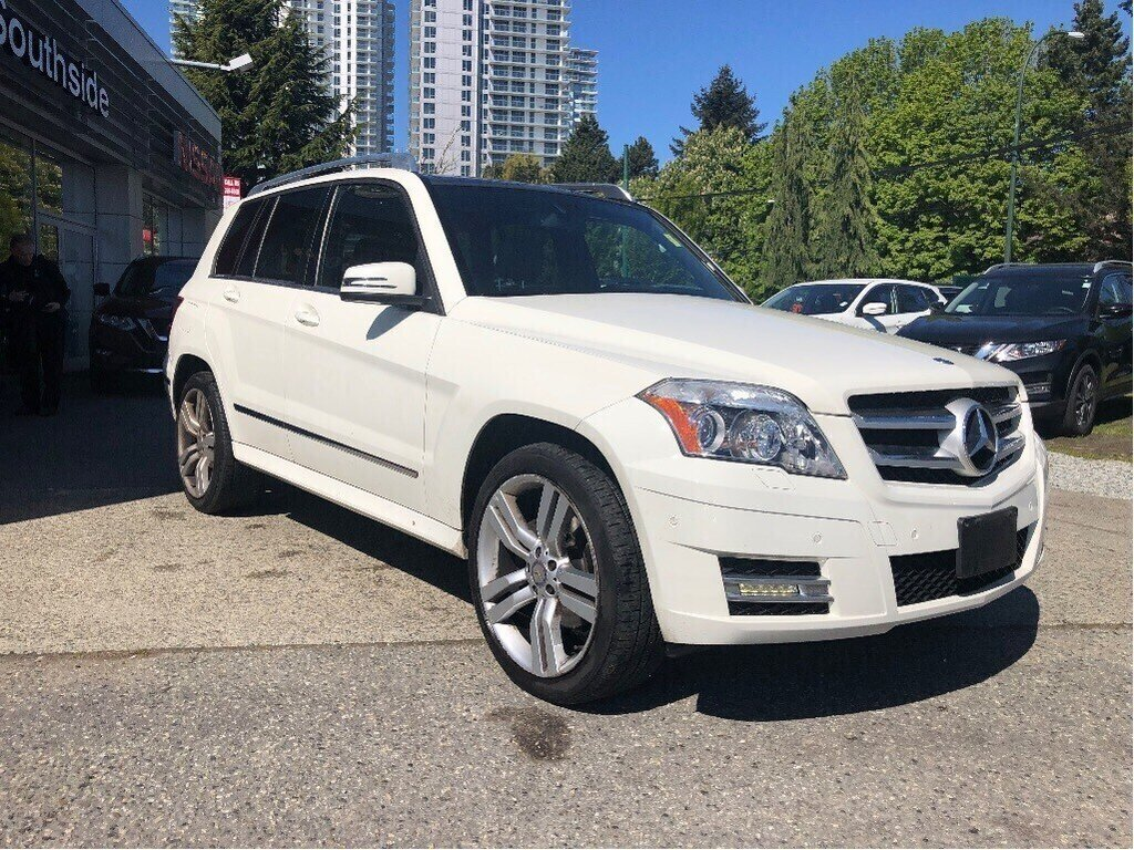2011 Mercedes-Benz GLK350 4MATIC in Vancouver, British Columbia - 3 - w1024h768px