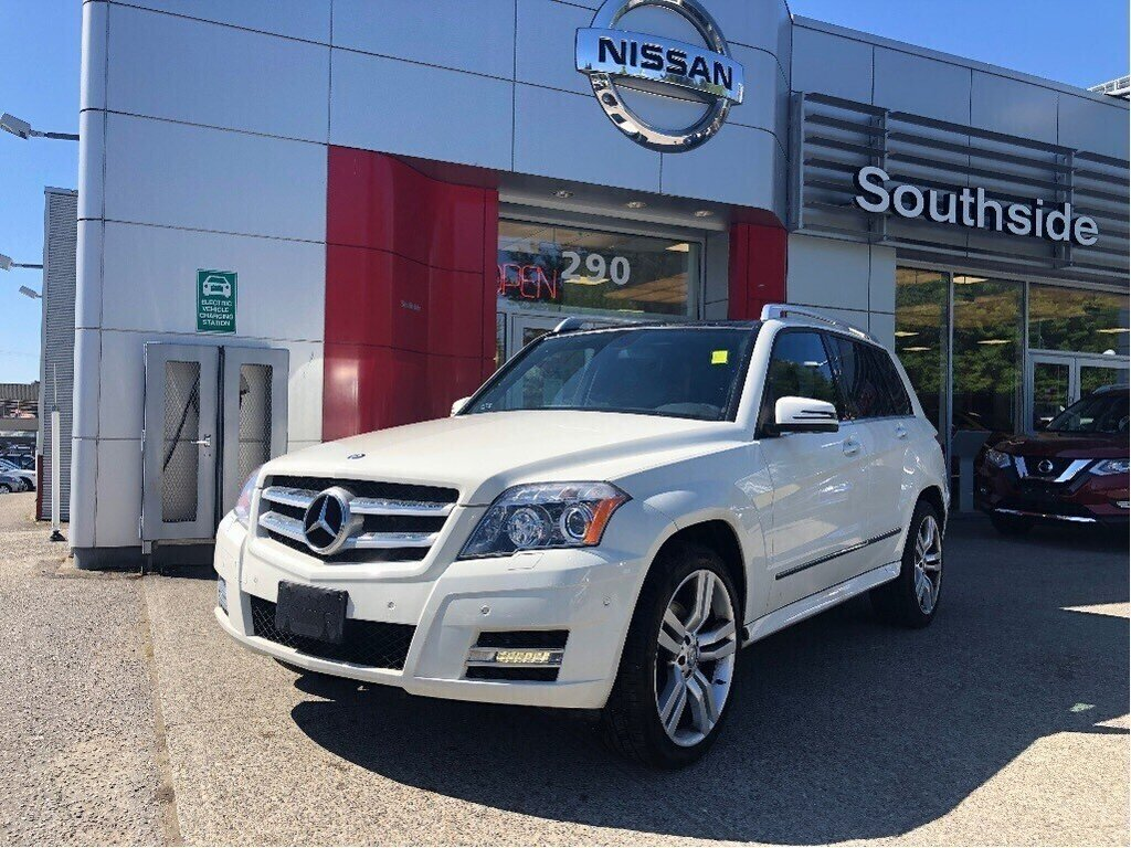 2011 Mercedes-Benz GLK350 4MATIC in Vancouver, British Columbia - 1 - w1024h768px