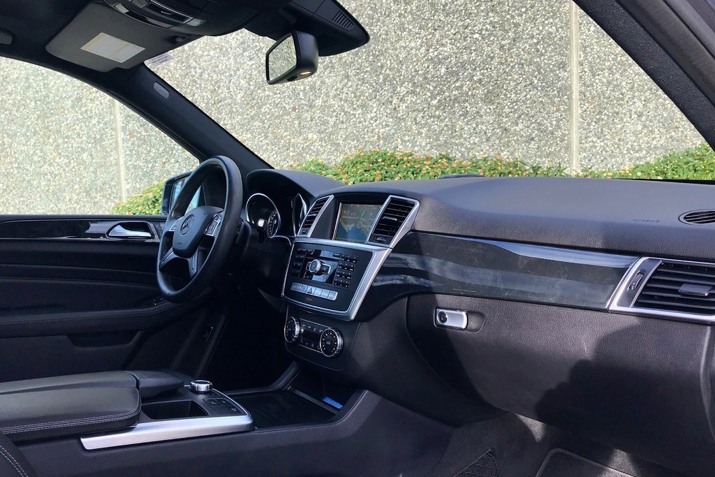 2015 Mercedes-Benz ML400 4MATIC in North Vancouver, British Columbia - 13 - w1024h768px