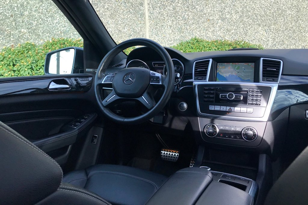 2015 Mercedes-Benz ML400 4MATIC in North Vancouver, British Columbia - 10 - w1024h768px