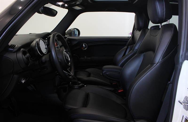 2016 MINI Cooper 3 Door in Regina, Saskatchewan - 8 - w1024h768px