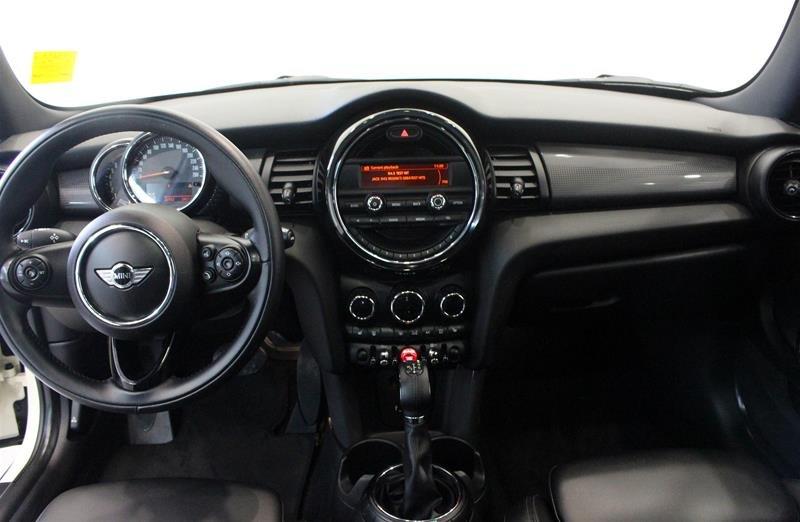 2016 MINI Cooper 3 Door in Regina, Saskatchewan - 11 - w1024h768px