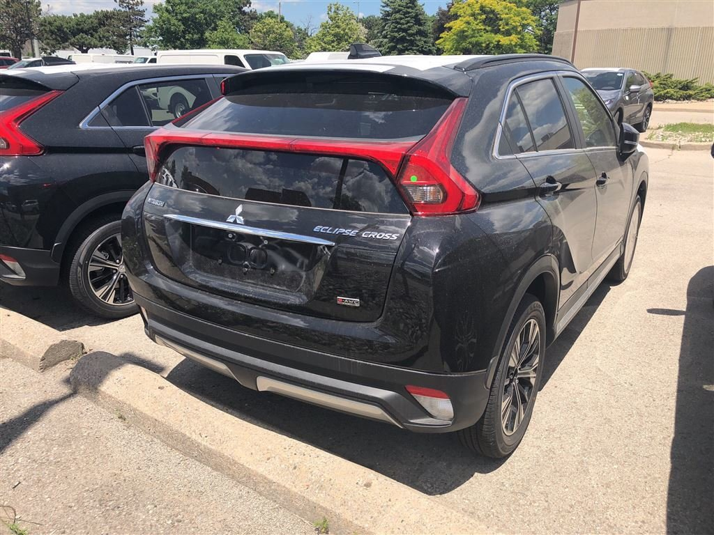 2018 Mitsubishi ECLIPSE CROSS SE S-AWC in Mississauga, Ontario - 28 - w1024h768px