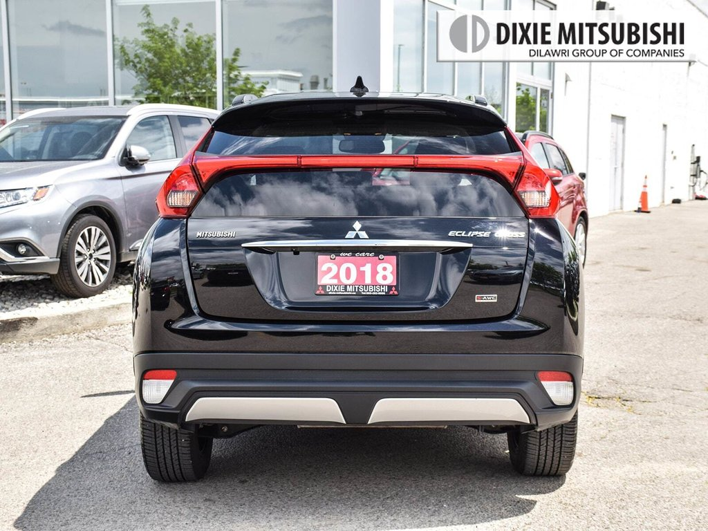 2018 Mitsubishi ECLIPSE CROSS SE S-AWC in Mississauga, Ontario - 4 - w1024h768px
