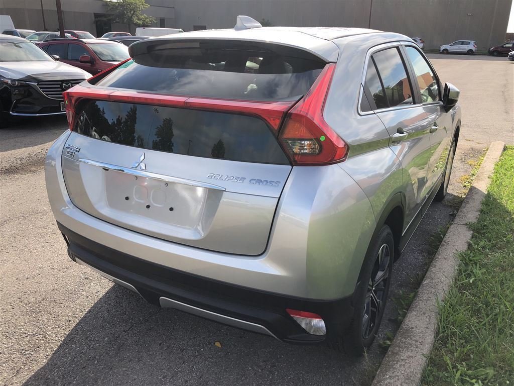 2019 Mitsubishi ECLIPSE CROSS SE S-AWC in Mississauga, Ontario - 4 - w1024h768px