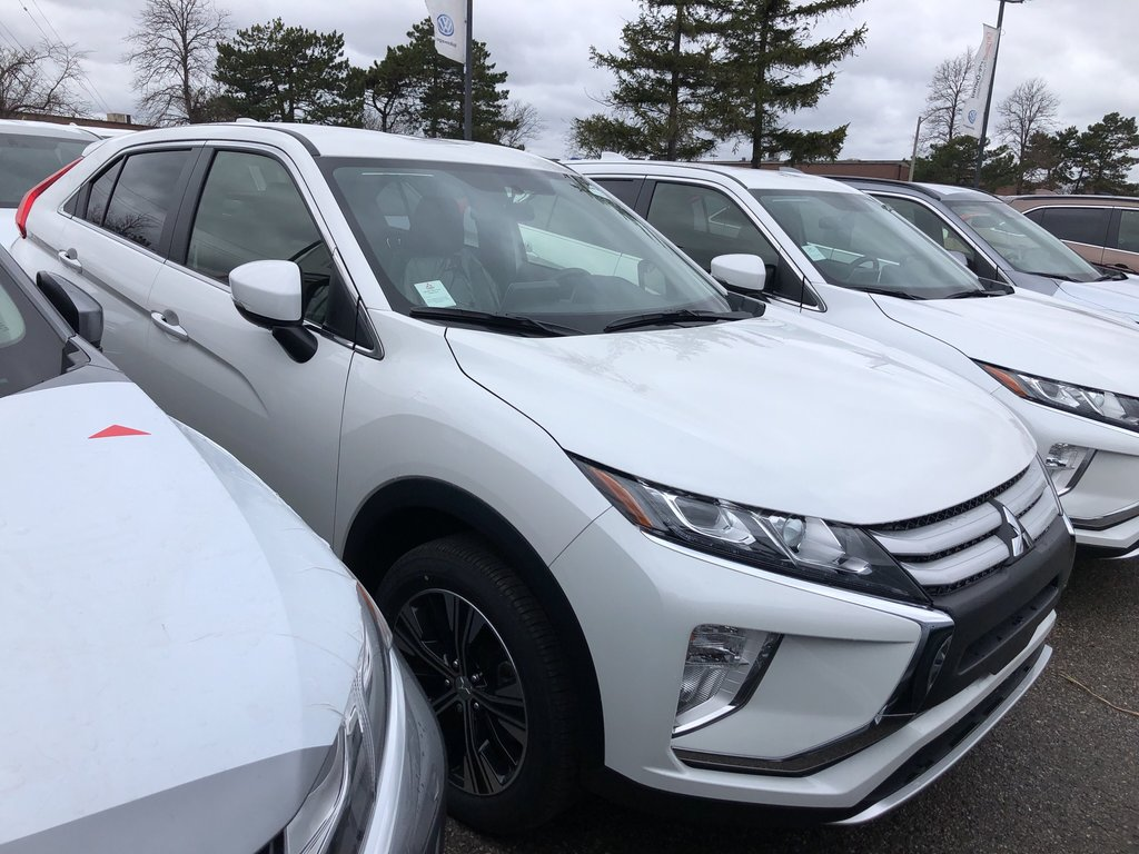 2019 Mitsubishi ECLIPSE CROSS ES S-AWC in Mississauga, Ontario - 4 - w1024h768px