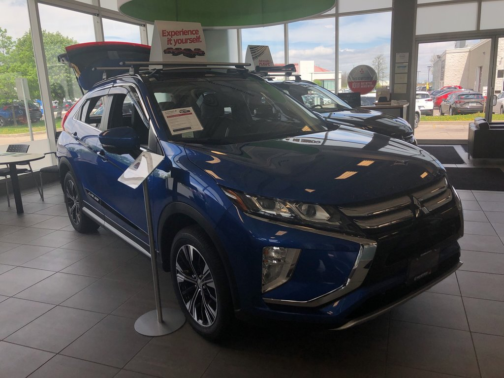 2019 Mitsubishi ECLIPSE CROSS GT S-AWC (2) in Mississauga, Ontario - 5 - w1024h768px