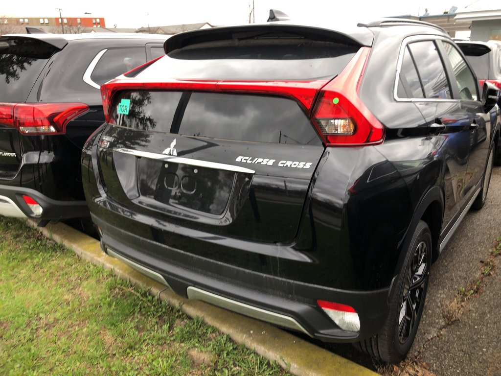 2019 Mitsubishi ECLIPSE CROSS SE S-AWC in Mississauga, Ontario - 9 - w1024h768px