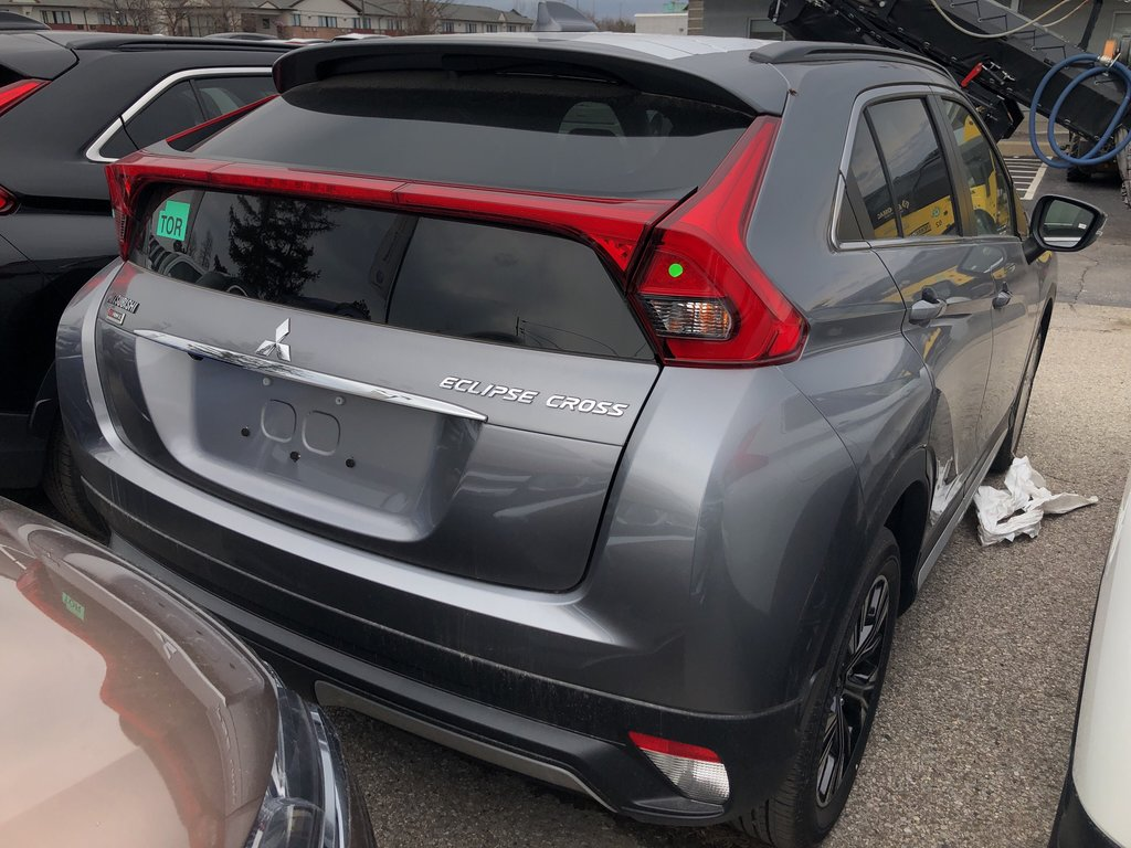 2019 Mitsubishi ECLIPSE CROSS SE S-AWC in Mississauga, Ontario - 8 - w1024h768px