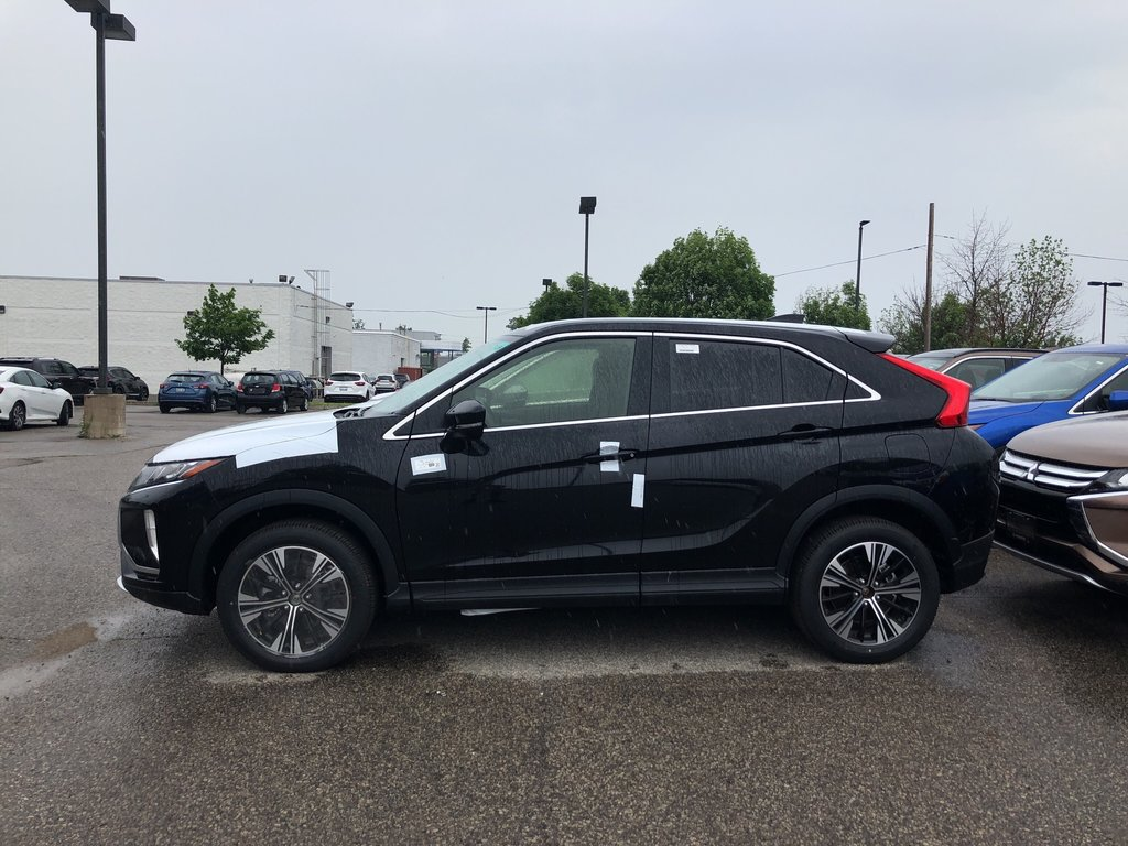 2019 Mitsubishi ECLIPSE CROSS ES S-AWC in Mississauga, Ontario - 2 - w1024h768px