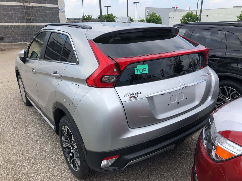 2019 Mitsubishi ECLIPSE CROSS SE S-AWC in Mississauga, Ontario - 3 - w1024h768px