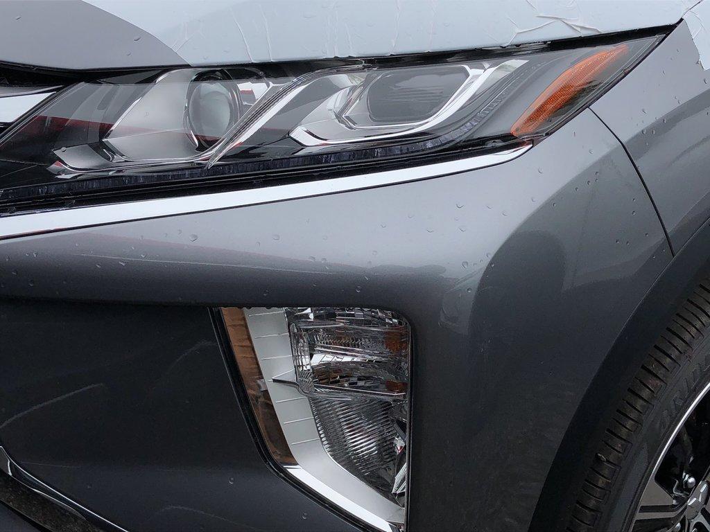 2019 Mitsubishi ECLIPSE CROSS SE S-AWC in Markham, Ontario - 2 - w1024h768px