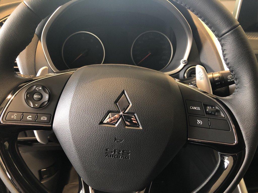 2019 Mitsubishi ECLIPSE CROSS SE S-AWC (2) in Markham, Ontario - 7 - w1024h768px