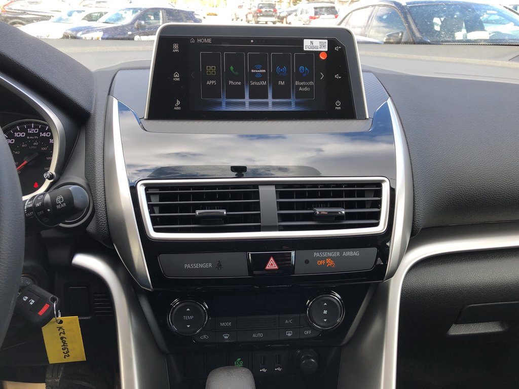 2019 Mitsubishi ECLIPSE CROSS ES S-AWC (2) in Markham, Ontario - 13 - w1024h768px