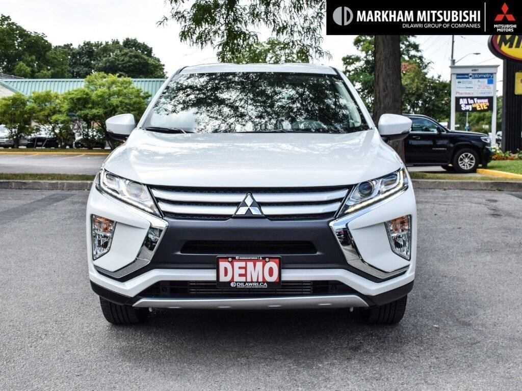 2019 Mitsubishi ECLIPSE CROSS ES S-AWC in Markham, Ontario - 2 - w1024h768px