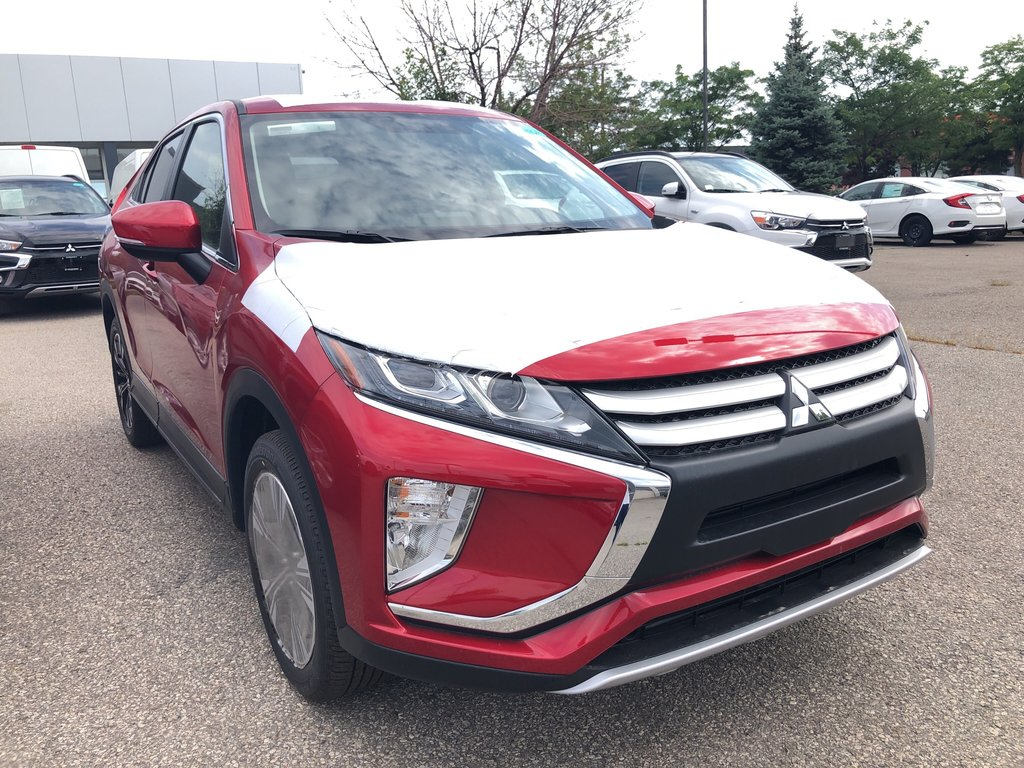 2020 Mitsubishi ECLIPSE CROSS ES S-AWC in Mississauga, Ontario - 5 - w1024h768px