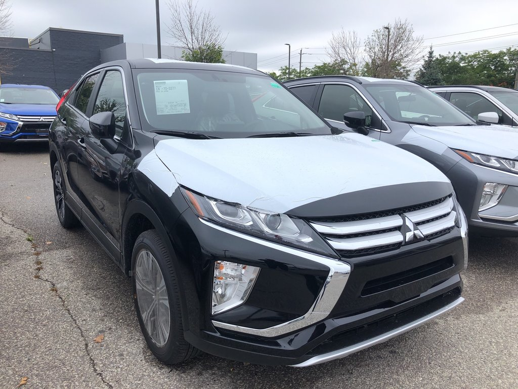 2020 Mitsubishi ECLIPSE CROSS SE S-AWC in Mississauga, Ontario - 5 - w1024h768px