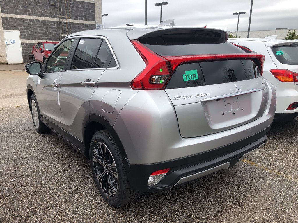2020 Mitsubishi ECLIPSE CROSS ES S-AWC in Mississauga, Ontario - 2 - w1024h768px