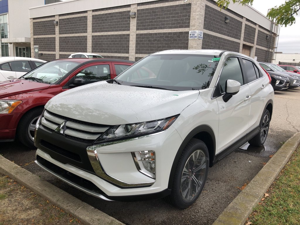 2020 Mitsubishi ECLIPSE CROSS ES S-AWC in Mississauga, Ontario - 1 - w1024h768px
