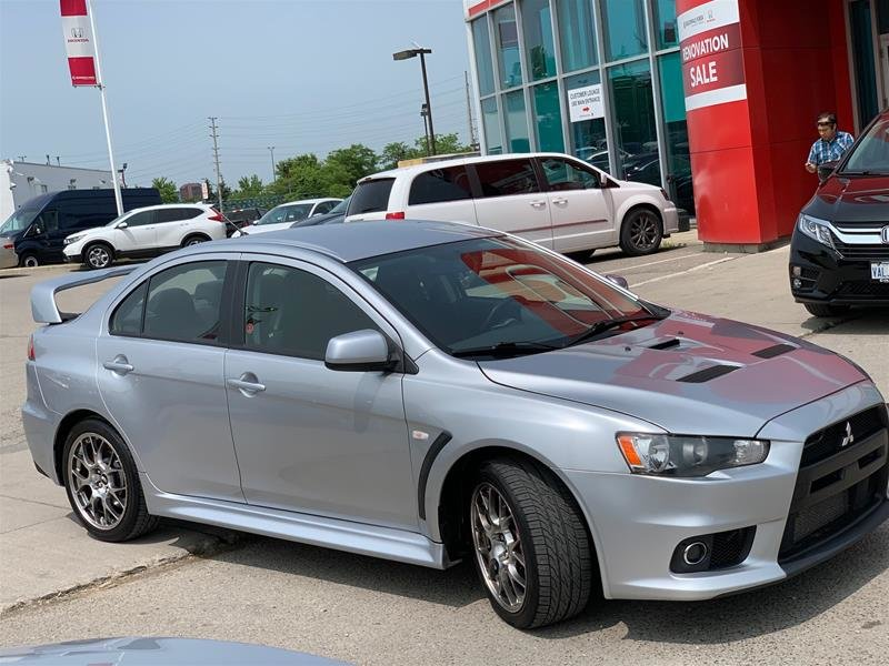 2010 Mitsubishi Lancer Evolution GSR 5sp in Mississauga, Ontario - 3 - w1024h768px