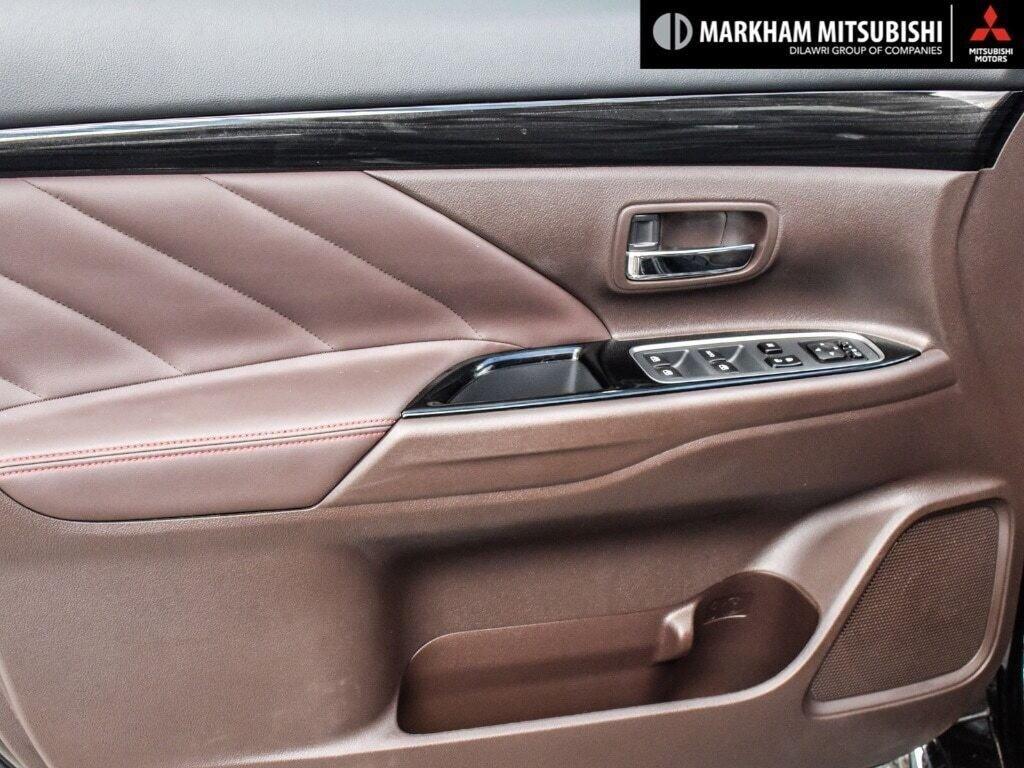 2018 Mitsubishi OUTLANDER PHEV GT S-AWC in Markham, Ontario - 25 - w1024h768px