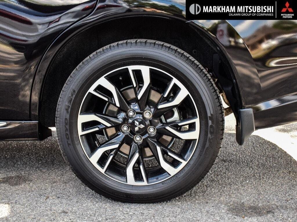 2018 Mitsubishi OUTLANDER PHEV GT S-AWC in Markham, Ontario - 8 - w1024h768px