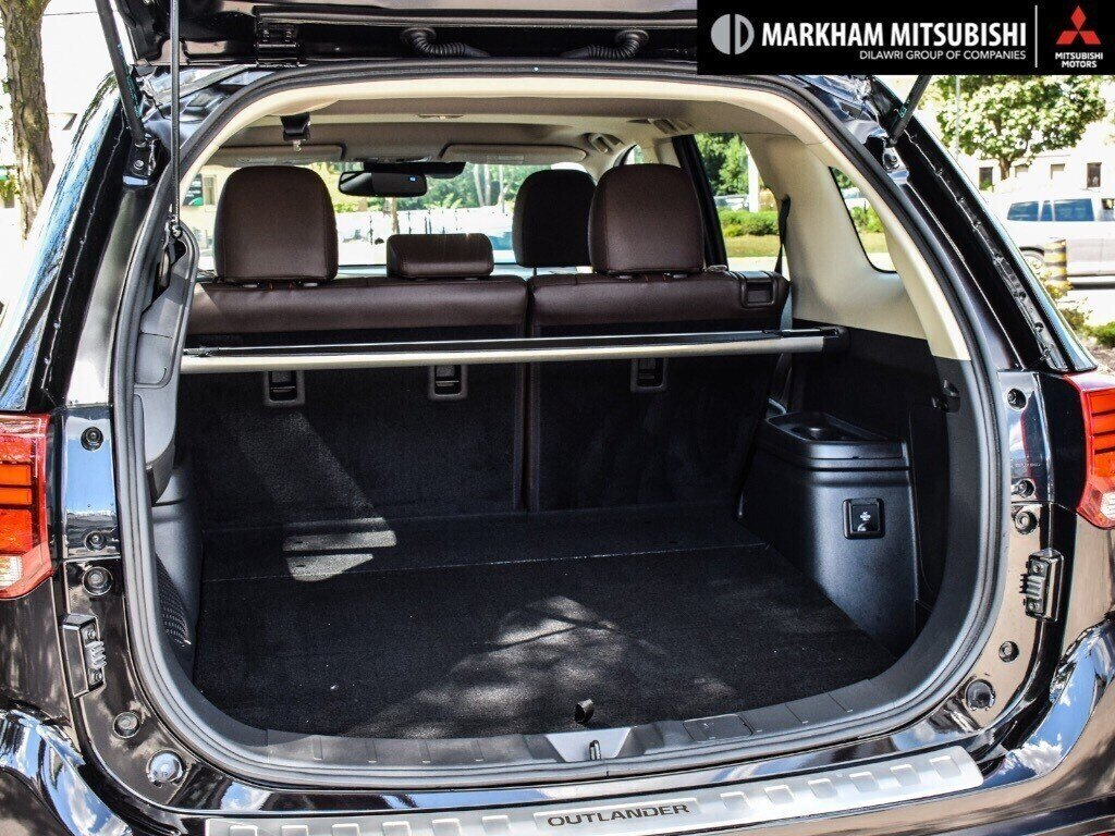 2018 Mitsubishi OUTLANDER PHEV GT S-AWC in Markham, Ontario - 27 - w1024h768px
