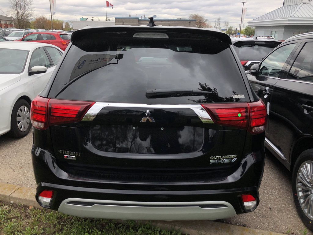2019 Mitsubishi OUTLANDER PHEV GT S-AWC in Mississauga, Ontario - 8 - w1024h768px