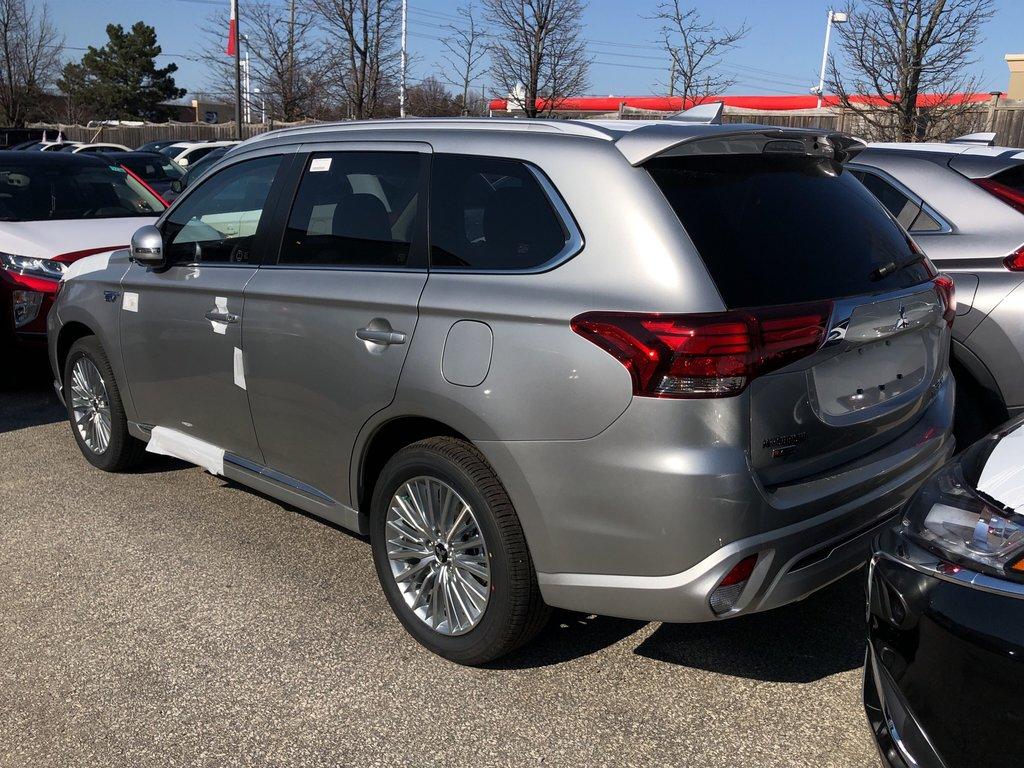 2019 Mitsubishi OUTLANDER PHEV SE S-AWC in Markham, Ontario - 5 - w1024h768px